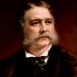 Chester A. Arthur vlastnil 80 párů kalhot.