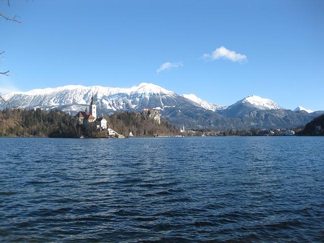 5 důvodů, proč na lyže vyrazit do Slovinska
